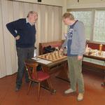 Ralf musste sich Hans geschlagen geben! Herzlichen Glückwunsch an Hans, der einen kleinen Fehler von Ralf eiskalt ausnutzte.
