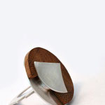 ring/silver/wood