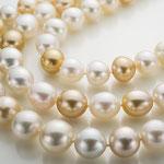 オールノットで仕立てたマルチ白蝶真珠