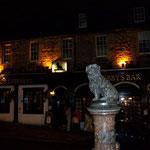 Greyfriar's Bobby vor der gleichnamigen Bar