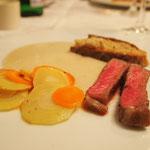 und ein Stück Rib Eye Steak  von Fleischerei Beisser. Wooow!