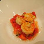Garnelen auf Tomaten-Melonensalat