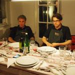 Göran und Marcel ruhen sich für die <br />letzten beiden Gerichte etwas aus  Göran und Marcel ruhen sich für die  letzten beiden Gerichte