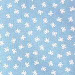 hellblau mit weißen Schleifen