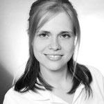 Frau Romann: Assistenz, Professionelle Zahnreinigungen, Verwaltung