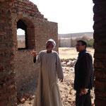Overleg met de bouwer van de guesthouses