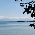Starnberger See Blick zu den Alpen Richtung Innsbruck