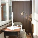 Ferienhaus Sehrwind – verglaster Balkon, 1. Obergeschoß