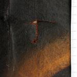 Risse in der Leinwand verursachen auch Schäden in der Malschicht. Um das Gemälde zu konservieren muss der Riss geschlossen werden.