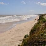Paraiso Suizo: Was für ein Strand - wenn doch nur nicht so ein kalter Wind wehen würde...