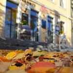 Oktober: Herbstlauborange