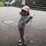 縄跳び練習中
