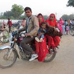 Inde, on se déplace en famille...