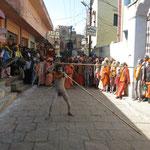 Inde, Varanasi grand rassemblement de plusieurs centaines de Sadhu.