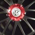 VW Alufelge, Deckel rot verspiegelt