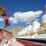 8 Stupas