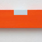水平器:Spirit level 2015 acrylic, plywood(合板) h. 5.0×w. 30.0×d. 2.0 cm