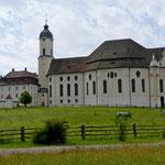 Die Wieskirche   (zum gegeißelten Heiland auf der Wies)