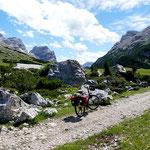 Vor dem Col de Locia (2069 m),   Dolomiten