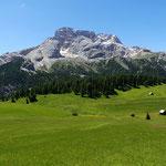Plätzwiese mit Hohe Gaisl (3146 m),  Dolomiten