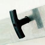 Ouverture et fermeture facile avec une pognée amovible - Double serrure en cylindre des 2 côtés