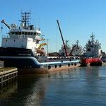 Versorgungsschiffe