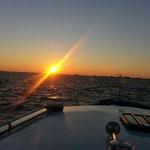 Mit der Aufgehenden Sonne unterwegs