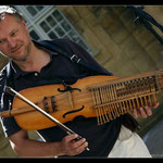 Kornel playing swedish Nyckelharpa 2009, www.kornelnyck.com