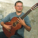 Kornel playing in Arles (France) 2002