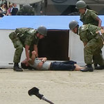 建物からの救助訓練