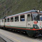 Unser Zug von Ollantaytambo nach Aguas Calientes (Our train from Ollantaytambo to Aguas Calientes)
