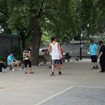 Hutong Gebiet, Federfussball am Nachmittag
