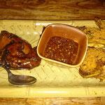 Gegrillte und fritierte Hähnchen mit Chilliesauce nach Sunda Art