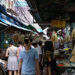 Market around Chinatown