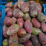 Cactus frutis, market in Belen