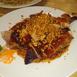 Ente mit fritierte Knoblauch