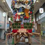 Fukuoka, Vorbereitung aus ein Traditionelles Fest das vom 1.-15.07. stattfindet