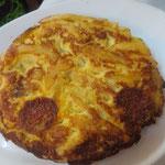 Tortilla de patatas, omelette with potatos