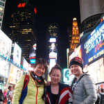 Mery with friends, Time Square