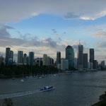 Brisbane Riverを船にのって通学・通勤するのがブリスベン流。