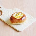 コーンパン(ロースハム&コーンをトッピング!)