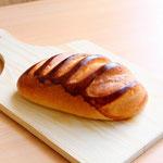 ドイツ (しっとり~やわらかいミルク風味のパン 程よい甘さと優しい味がお子様にもオススメです)