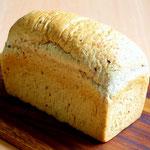 低糖質食パン(オーツ麦フレーク・ごま・亜麻仁・ひまわり種入り)