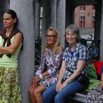 Zomerinstuiven op de Vismarkt, ook een plek voor een gezellige babbel, juli 2014
