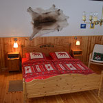 sehr geräumiges Elternschlafzimmer