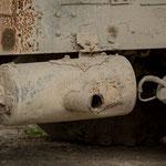 Azerbaijan - Detail eines alten LKWs auf dem Weg von Baku nach Quba