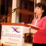 震災後の日本の報告をする立石充子氏   (C) 2010 The Lausanne Movement, www.lausanne.org, All Rights Reserved.
