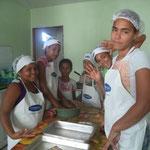 Preparar biscoitos na nova cozinha