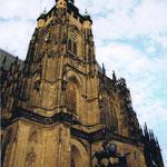 聖ヴィート大聖堂~ミュシャのステンドグラスがある