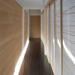 Si10 house Corridor